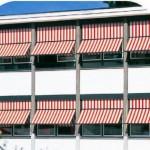 Балконные маркизы на окнах