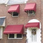 Корзинные маркизы на окнах