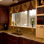 Шторы для кухни вверху