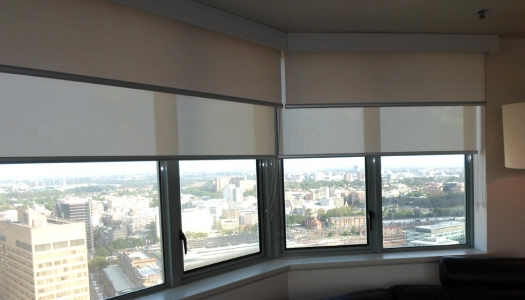 Рулонные шторы светоотражающие для балкона.