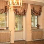 Английские шторы в комнате