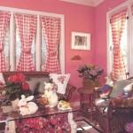 Витражные шторы в гостиной: фото