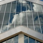 Тонировка окон в офисе: внешний вид