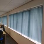 Вертикальные жалюзи в офисе