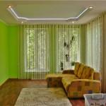Оформление комнаты прямыми шторами